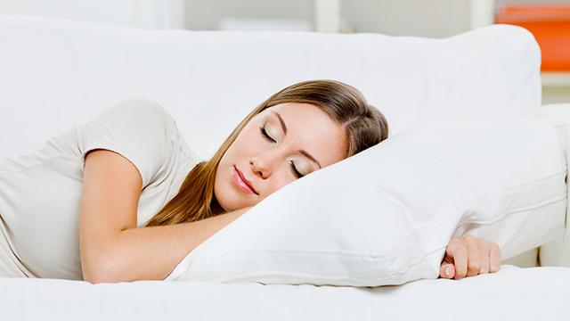 肩こりに悩まないの枕の選び方