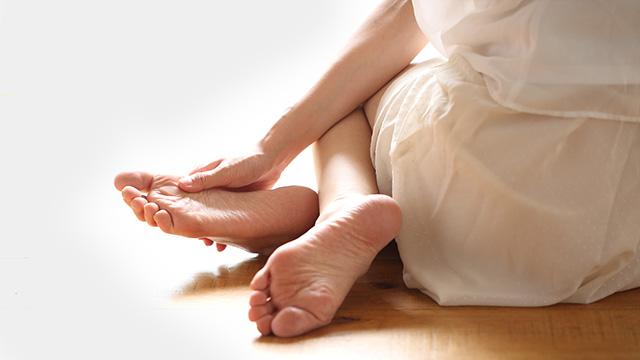 外反母趾の原因と改善方法