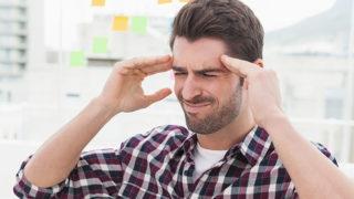 頭痛と吐き気が同時に起こる原因は?解消法・予防法を紹介