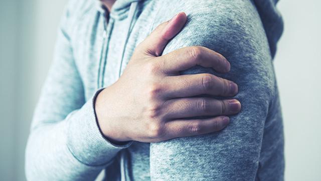古傷が痛む原因や痛みを和らげる方法・古傷を治す方法