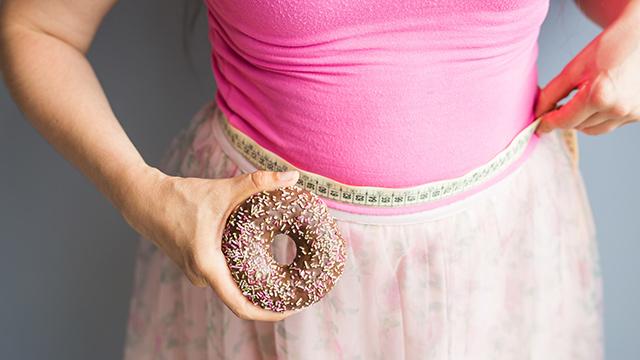 過食はストレスが原因