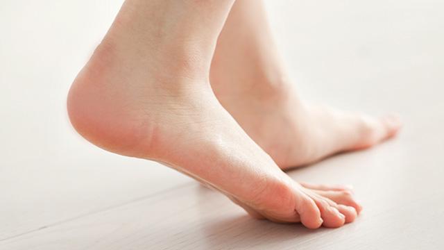足底筋膜炎の原因と痛みを和らげるポイント