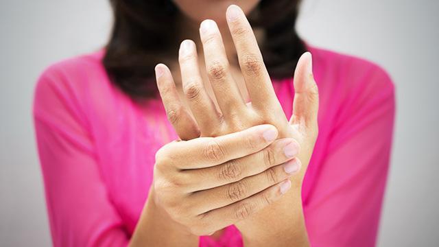 関節リウマチの初期症状と悪化を防ぐ3つのポイント