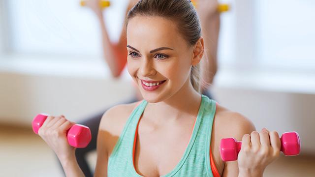 筋トレでなで肩のコンプレックスや悩みを解消する4項目