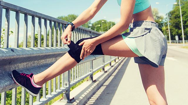 膝の痛みの原因や対処法