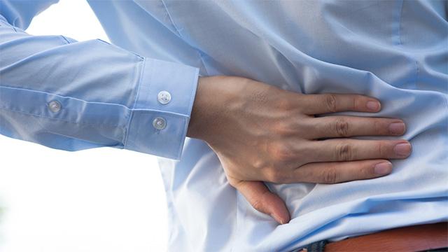 立ち仕事での腰痛を悪化させないポイント