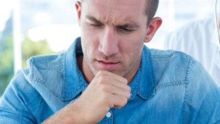 痰が絡む咳がつらい方必見! 痰が切れない原因・対処法を徹底解説