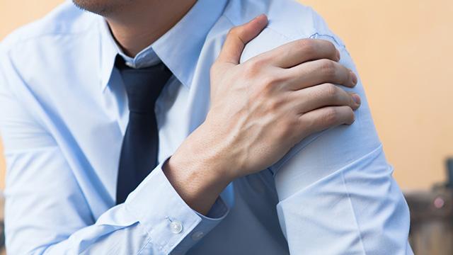 巻き肩を解消する3つのポイント